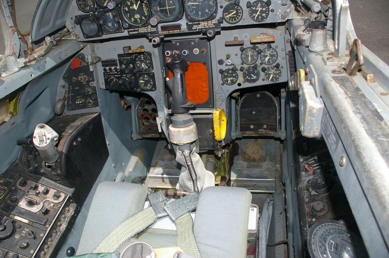 f 104c starfighter cockpit - HD 1280×851